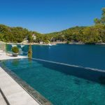 Villa Exclusive Bra with swimming pool on the island of Bra in Croatia 40
